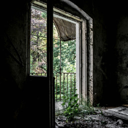 villaworldpeace urbex lostplace lostplaces vergessener